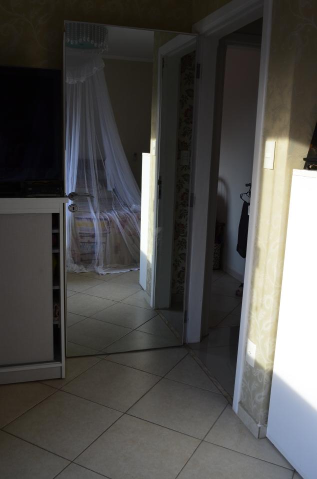 da porta do quarto de casal eu vejo o mundo!