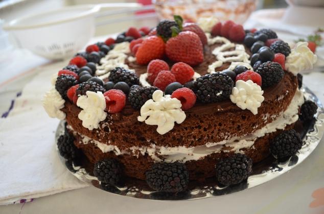 don Maridón quis um de chocolate de aniversário! Parabéns, meu amor!