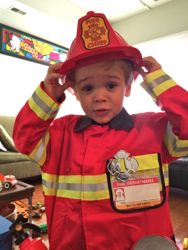 Sim, esta foi a fantasia de hallowen de quando ele tinha 2 anos.