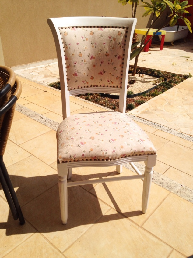 a cadeira da Pen[elope antes...