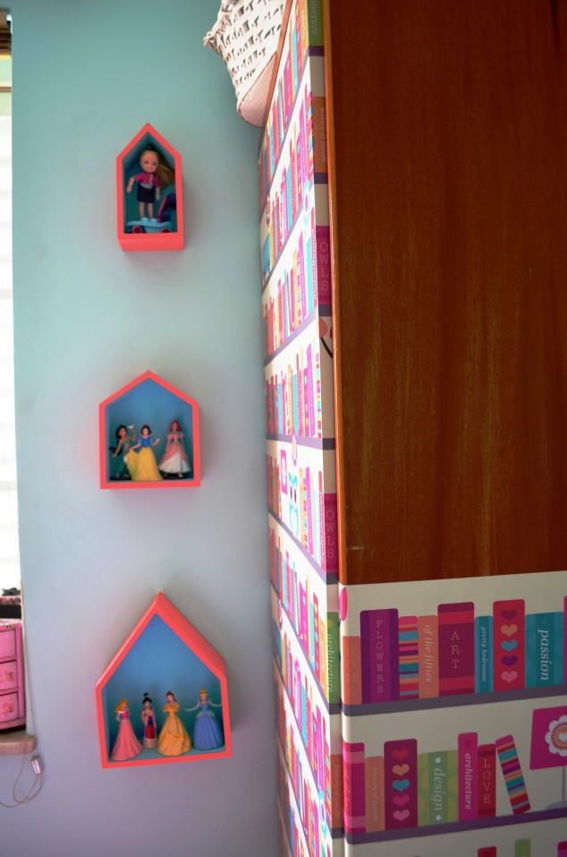 Olha o trio de casinhas aí! Foi a primeira coisa que comprei pra este quarto!!!