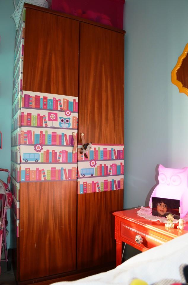 taí o armário com os puxadores! O agarradinho é obra da Cleo!