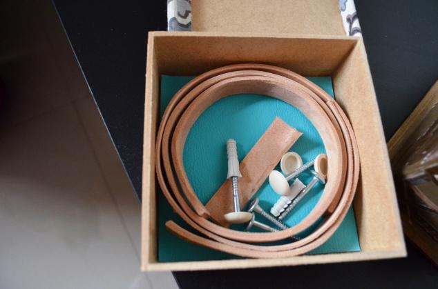 kit revisteiro em couro ou... kit puxadores em couro!