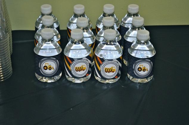 garrafinhas d'água personalizadas...