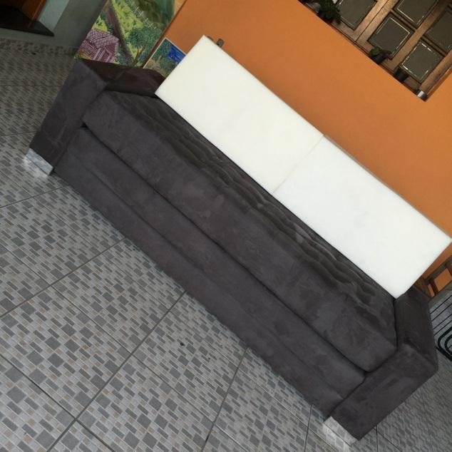 Durante a reforma.. Fui à tapeçaria fazer um teste drive, pra ver o encosto e assento novos...